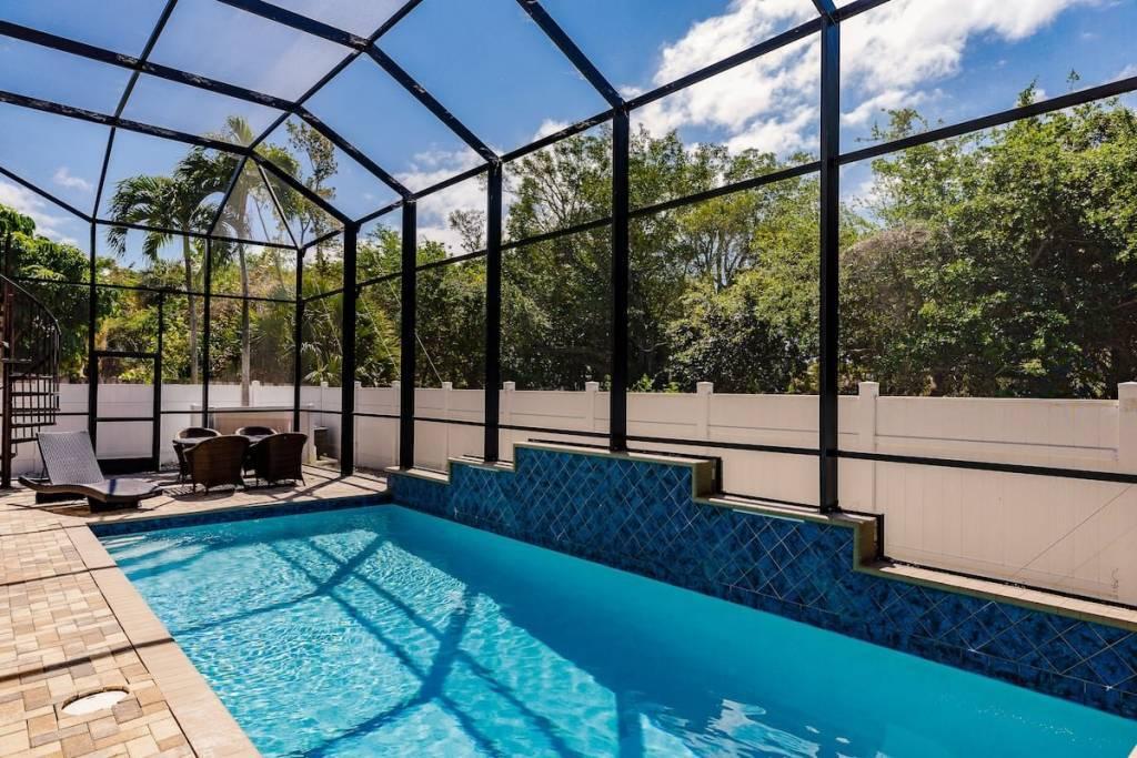 Floride - Fort Myers Beach - Appartement - 2ème étage - Location saisonnière - 6 Personnes - 2 Chambres - Piscine.