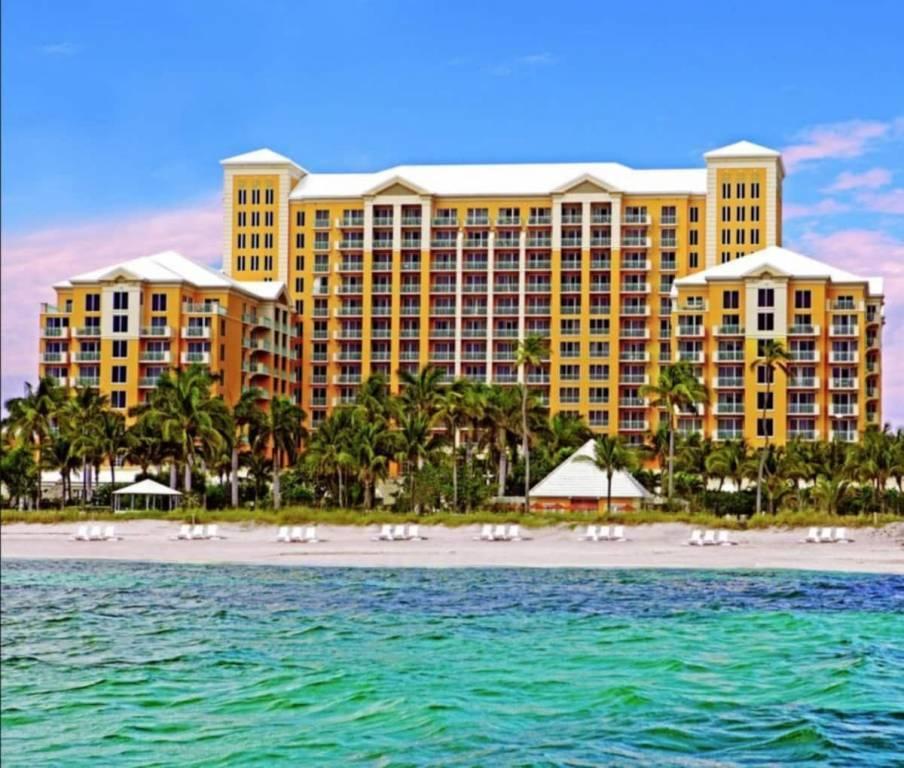 Floride - Key Biscayne - Appartement - Location saisonnière - 4 Personnes - 1 Salle de bain - Piscines.