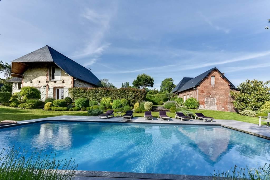 Deauville - Location saisonnière - Maison - 10 voyageurs - 5 Chambres - 5 Salles de bain - 400 m² - Piscine