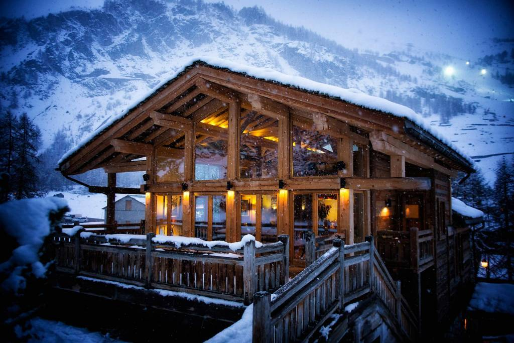 Val d'Isère - Holiday rental - Chalet - House - 12 Persons - 6 Bedrooms - 8 Bathrooms - Jacuzzi